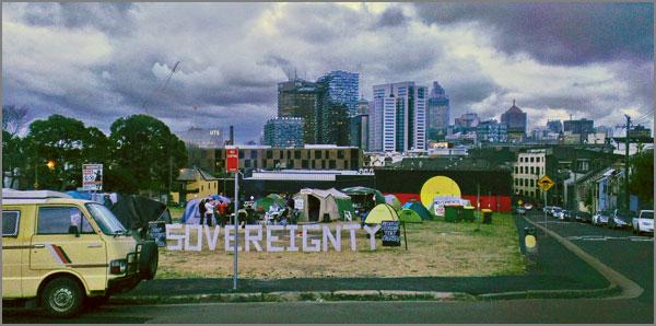 """""""Tent Embassy"""", embajada aborigena en Camberra en protesta contra las expulsiones en Redfern (fuente: haz click)"""