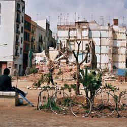 El Forat de la Vergonya en Barcelona. Foto Girard Girbes, 2005.