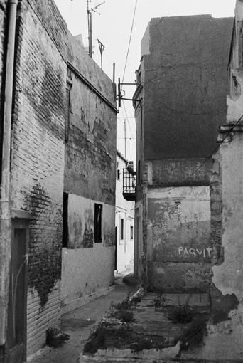Barraques de rere el cementiri_1989_Marta Dominguez Sensada2.jpg
